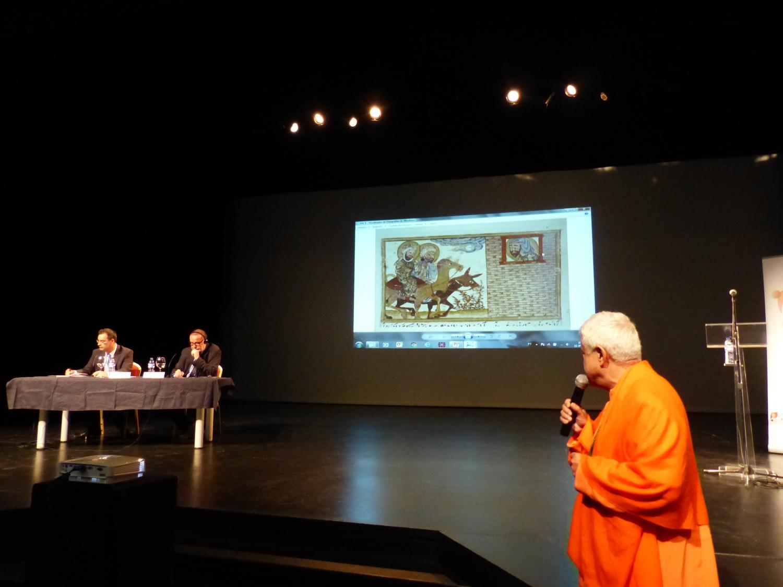 Intervenções de H.H. Jagat Guru Amrta Súryánanda Mahá Rája