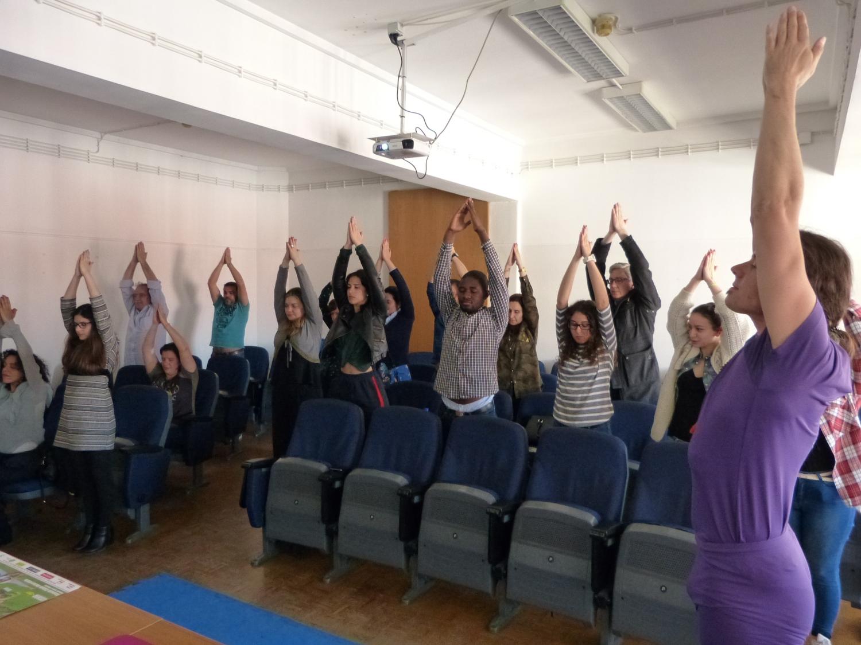 Sessão teórico-prática sobre os Benefícios do Yoga Sámkhya para Universitários, ISCAL - 2017, Abril