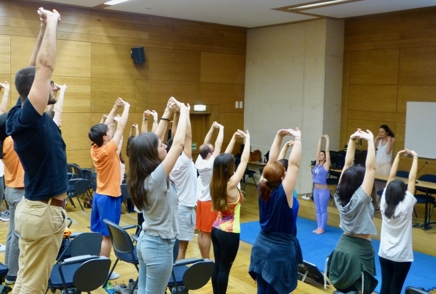 Theoretical-practical Session on the Benefits of Yoga Sámkhya at the University, ISCTE - 2017, May