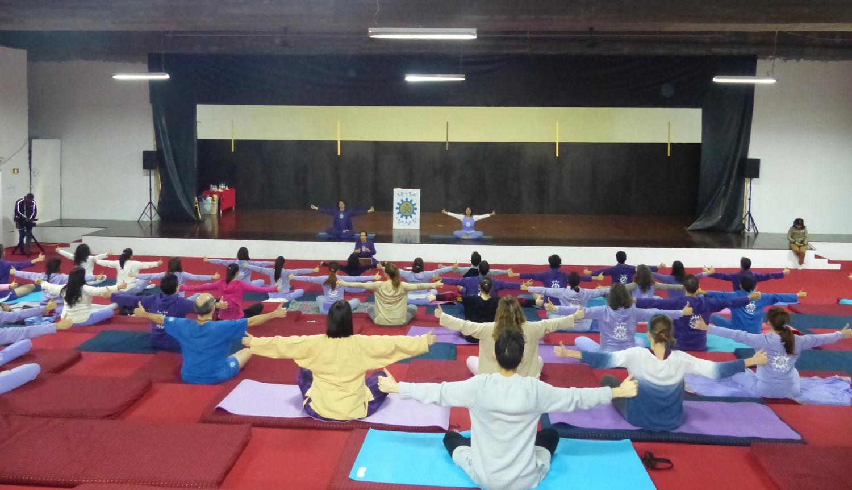 Cours du Yoga pour Adultes - Lisboa, Temple Rádhá Krshna - 2017, février, le 18