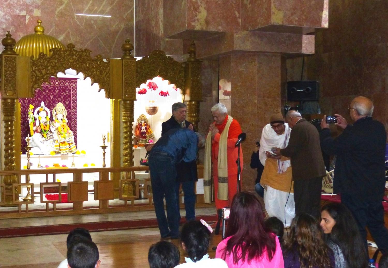 Homenagem ao Guru Jí