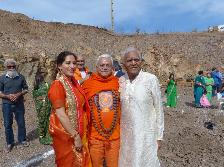 Pose de la 1ère Pierre - Construction du Nouveau Temple de Shiva - Lisboa - 2017, septembre, 30