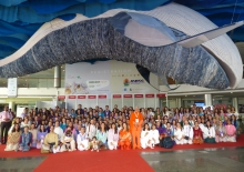 The Grand Delegation of 202 representatives (plus 3 children) of the Portuguese Yoga Confederation who accompanied Guru Jí.