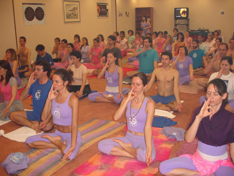 Mahá Sádhaná - Aula do Yoga