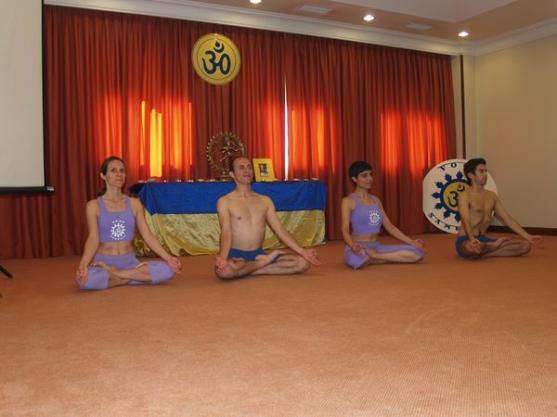 Demonstração de algumas das Disicplinas Técnicas do Yoga