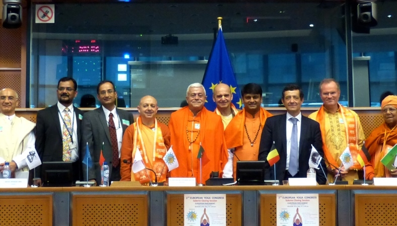 CERIMÓNIA SOLENE DO ENCERRAMENTO DO II CONGRESSO EUROPEU DO YOGA